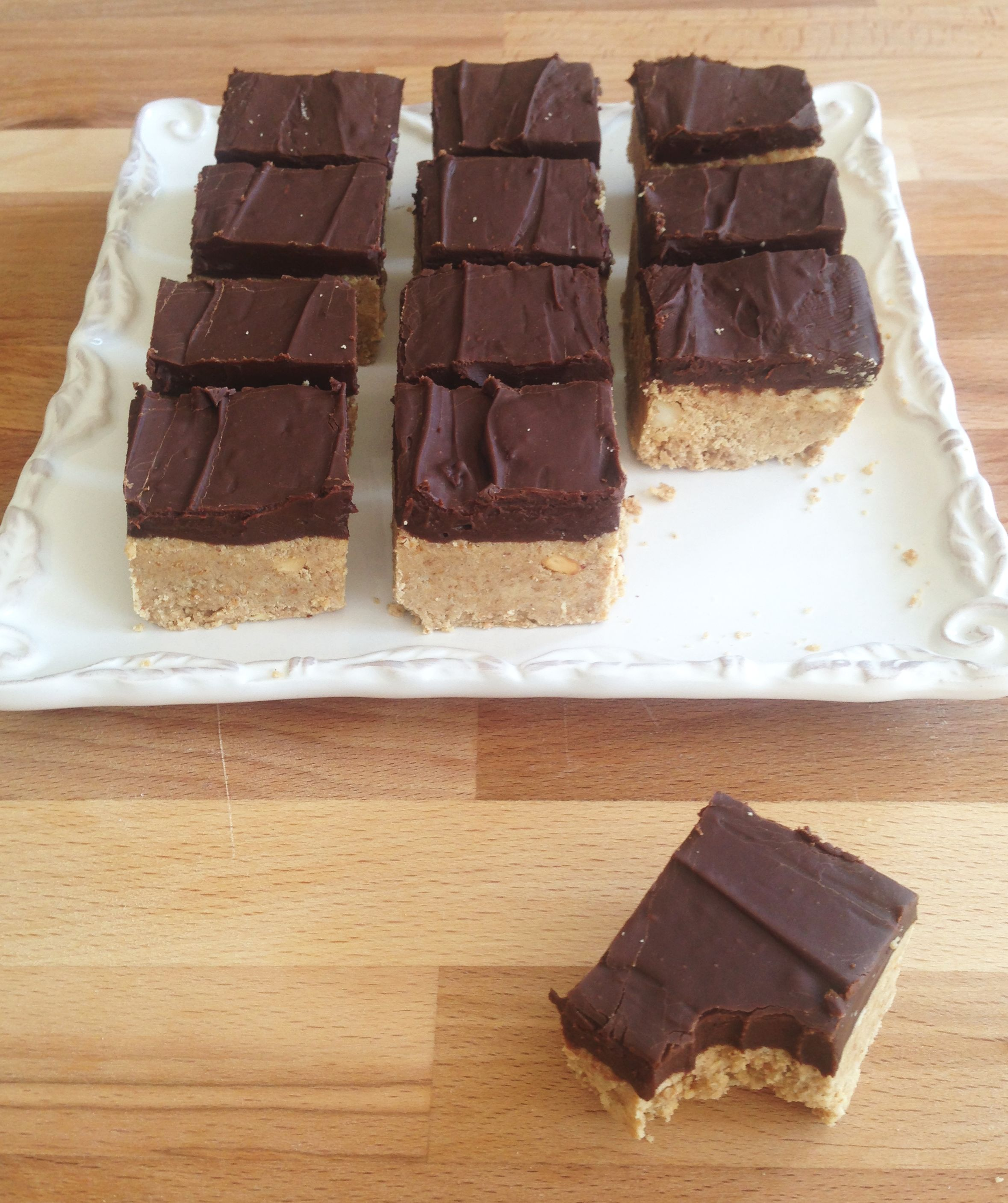 Chocolate Graham Crackers Dunmore Candy Kitchen: Clark Bars 9 • The Gold Lining Girl