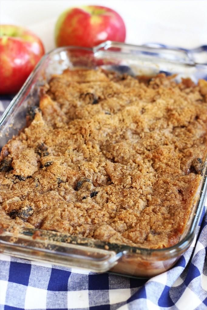 granny smith apple crisp with tart sour cherries 1