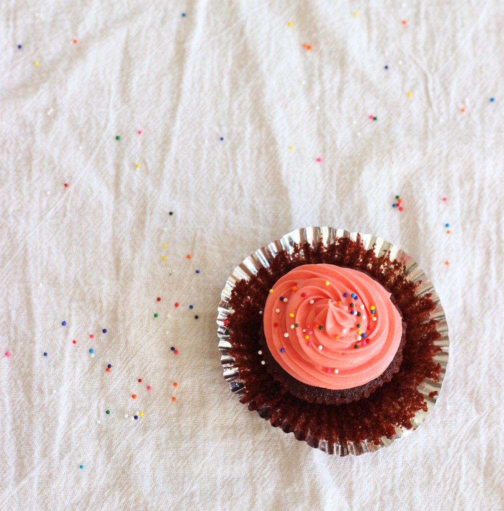 milk chocolate cupcakes cream cheese frosting pink breast cancer awareness 20