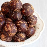 healthy chocolate peanut butter protein balls 13