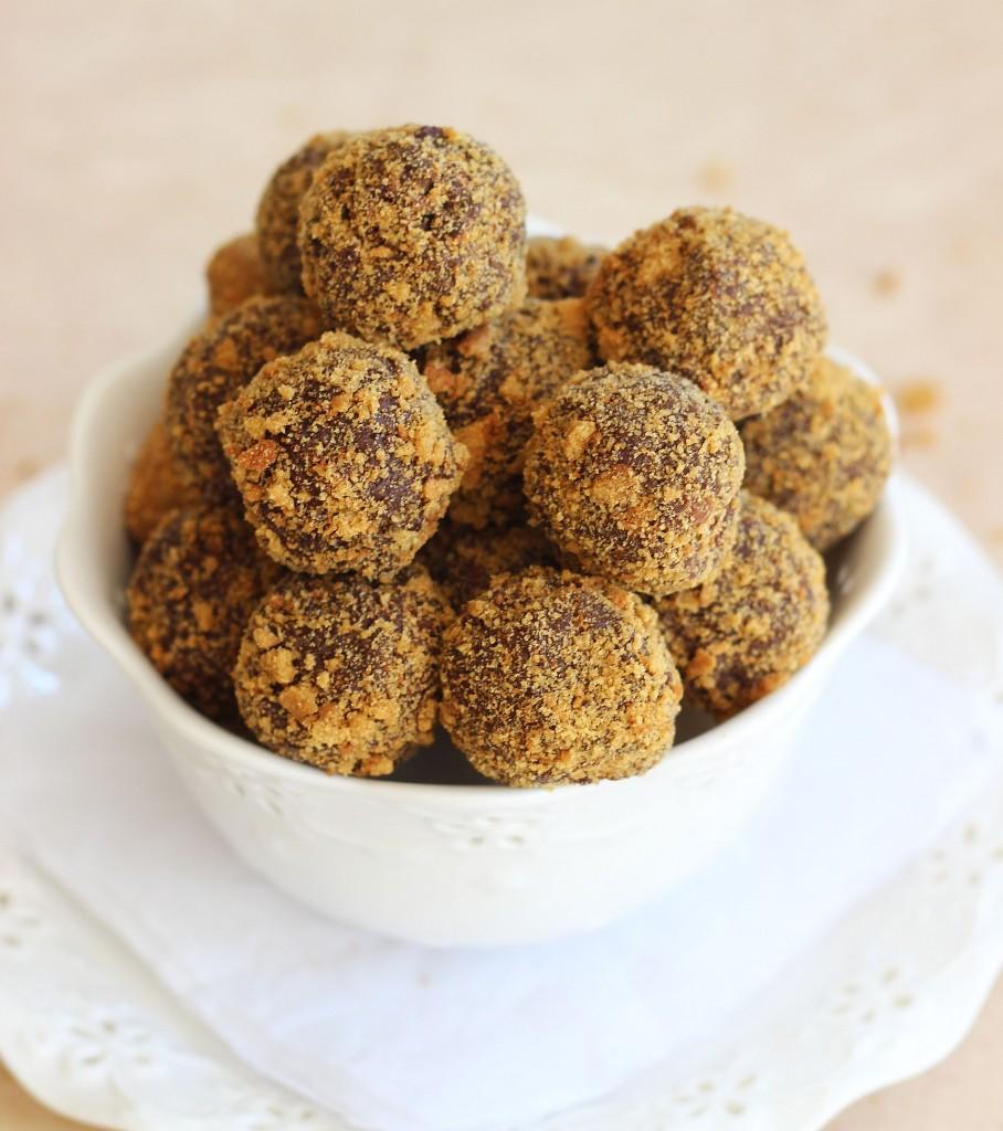 Gingersnap Chocolate Ganache Truffles