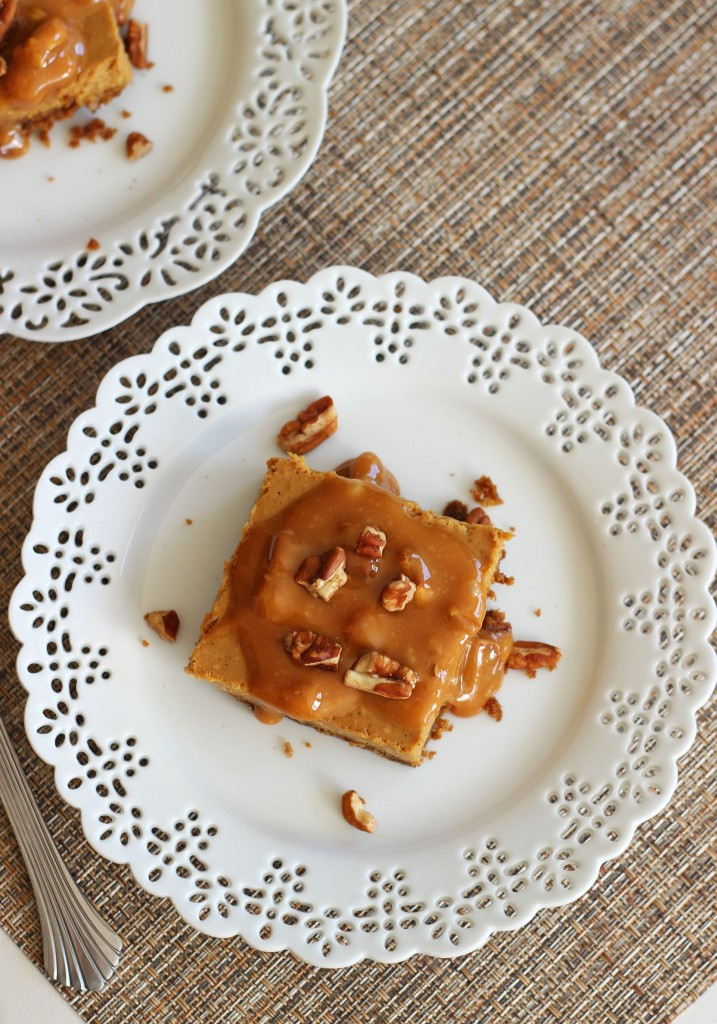 gingerbread cheesecake with pecan caramel praline topping 4
