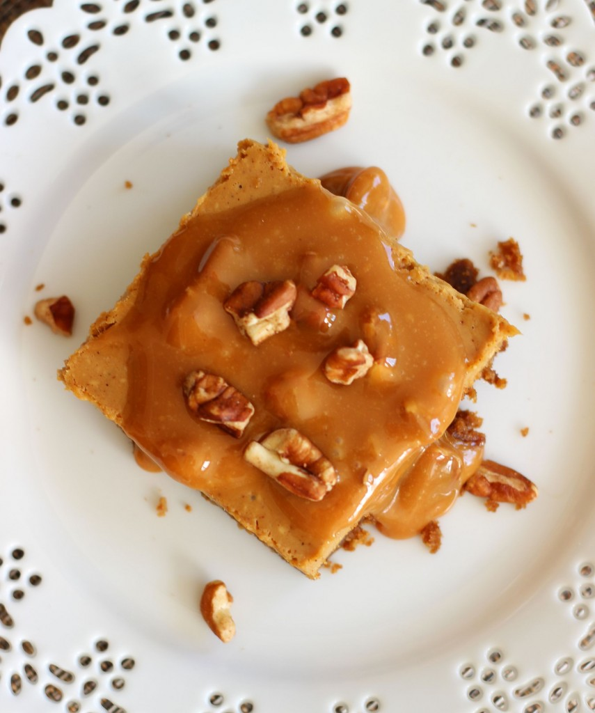 gingerbread cheesecake with pecan caramel praline topping 9