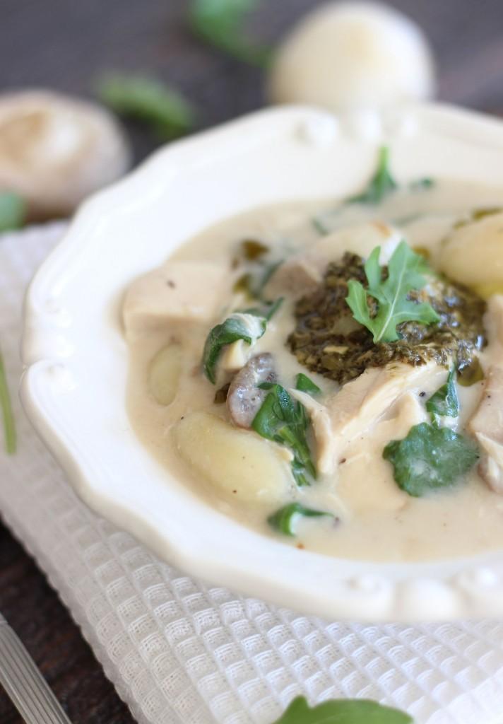 chicken mushroom alfredo soup with gnocchi and pesto 6