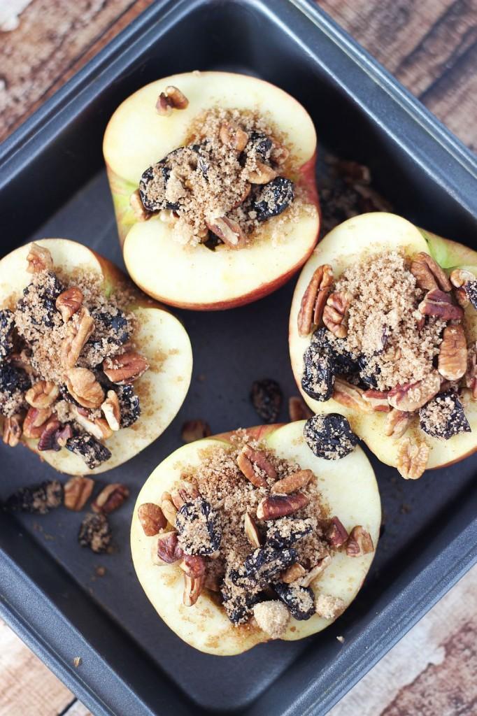 Baked Apples a la mode