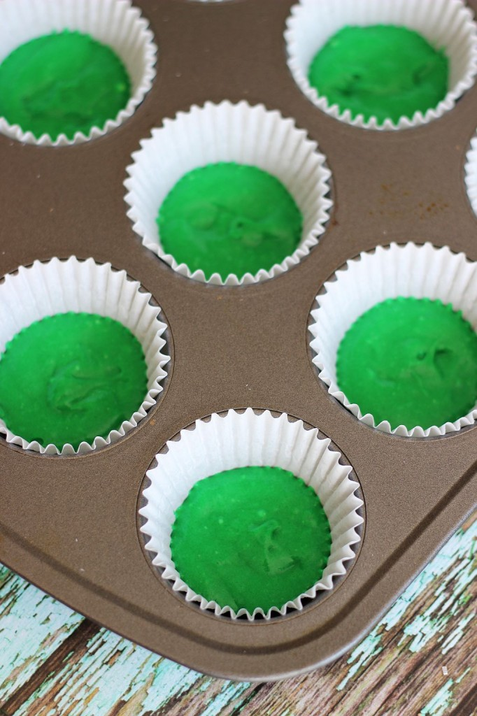 st. patrick's day cupcakes green ombre cupcakes 3