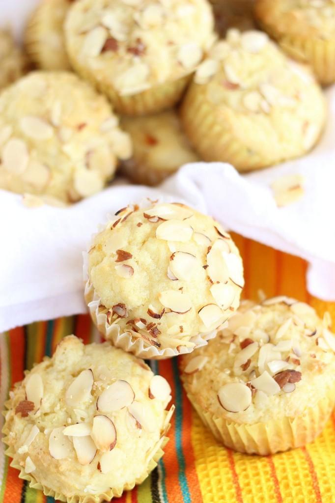 lemon almond ricotta muffins 10