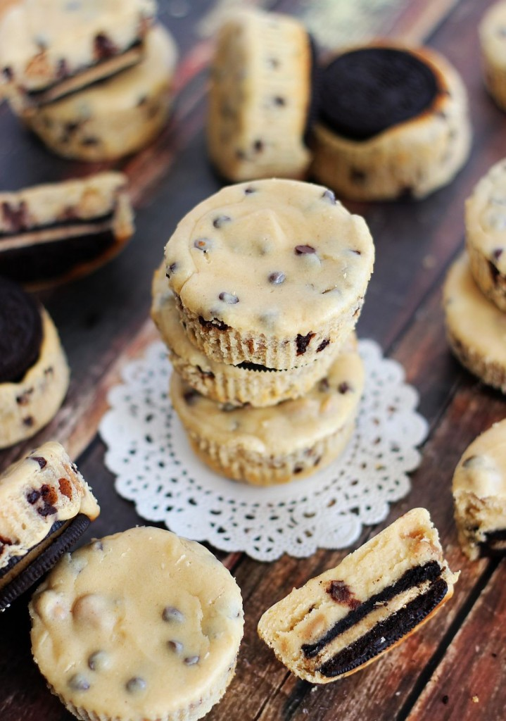 mini peanut butter oreo peanut butter cheesecakes 19