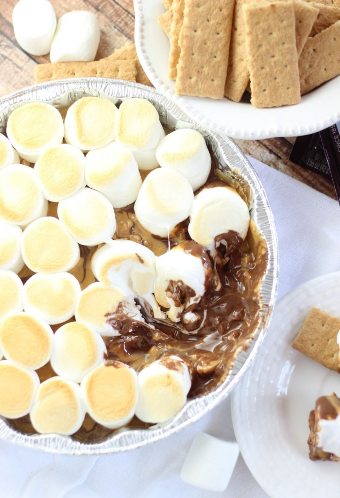 10 minute peanut butter s'mores dip 14