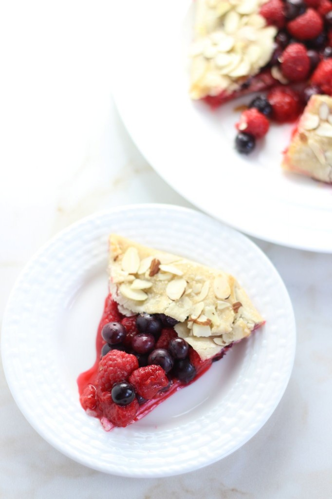 blueberry raspberry almond galette 16