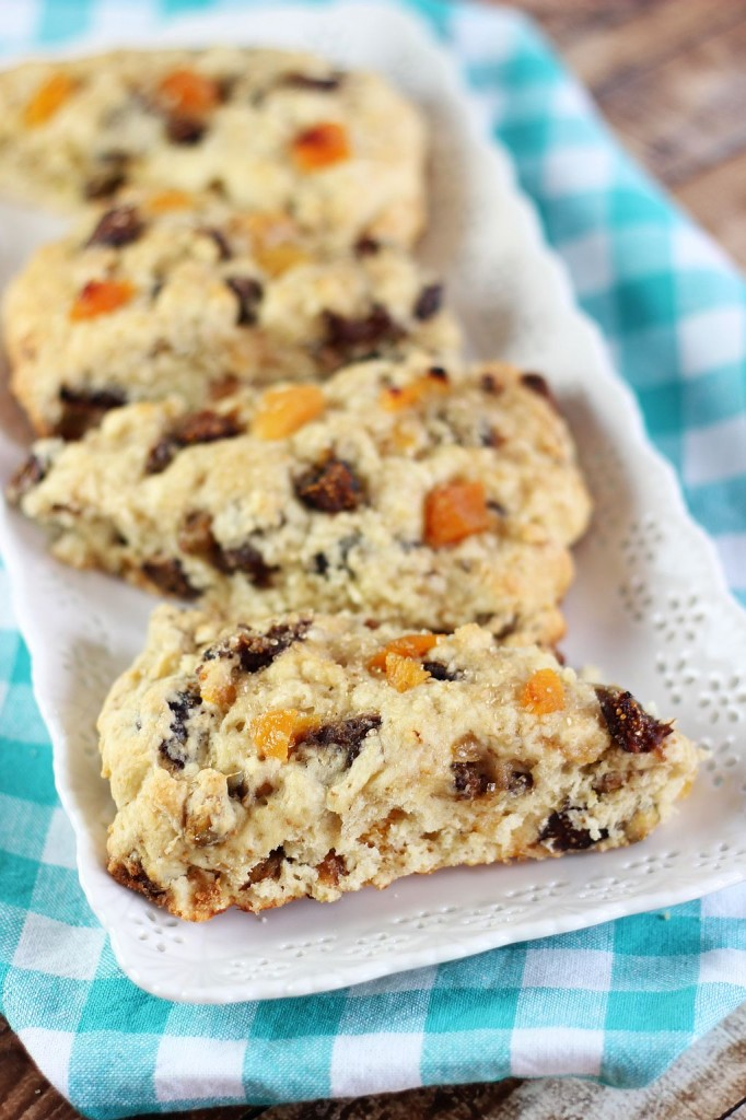 candied pistachio apricot and orange fig scones 9