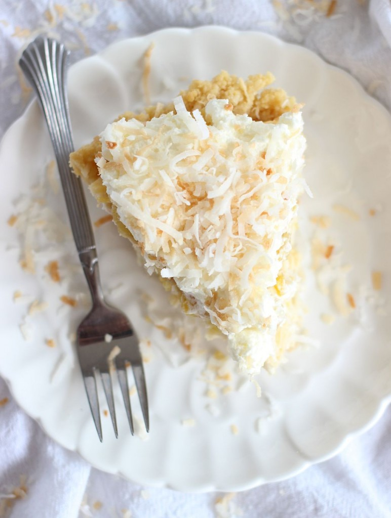 coconut cream pie with caramelized pineapple and whipped topping 22