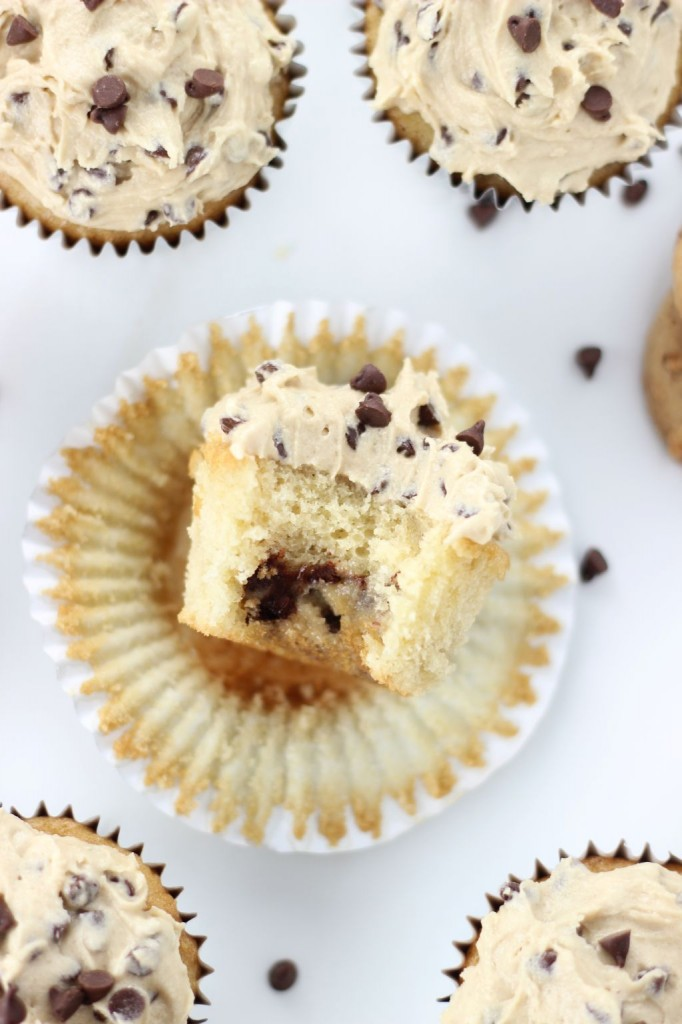 chocolate chip cookie dough cupcakes 14