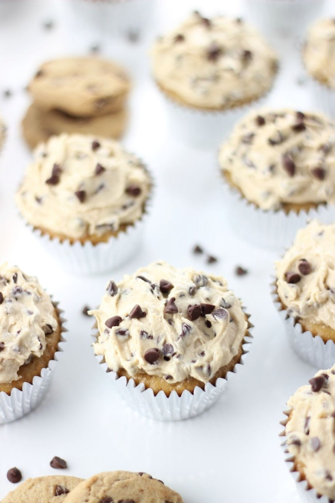 chocolate chip cookie dough cupcakes 9