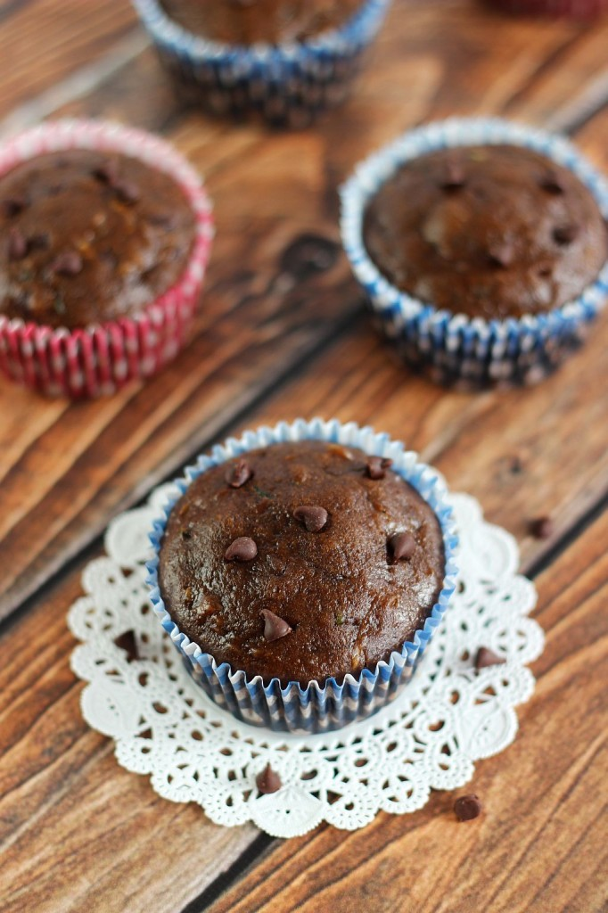 chocolate zucchini muffins 7