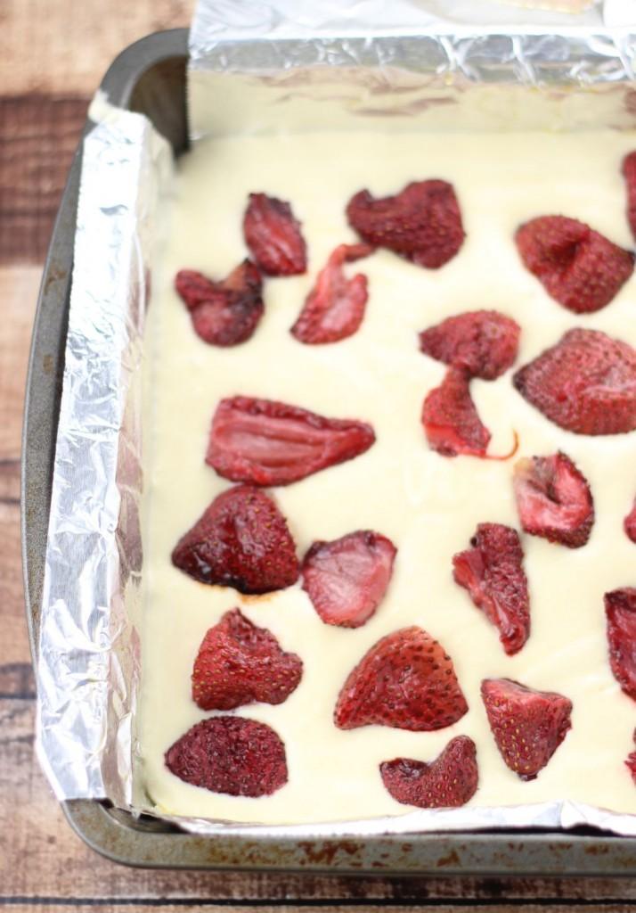roasted strawberry lemonade crumb coffee cake 5