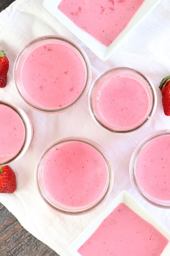 strawberry coconut panna cotta 9