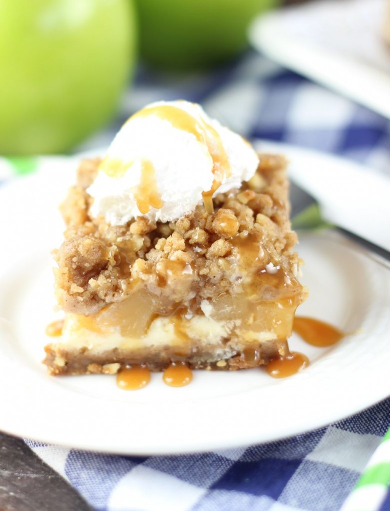 apple cheesecake streusel bars with gingersnap walnut crust 5