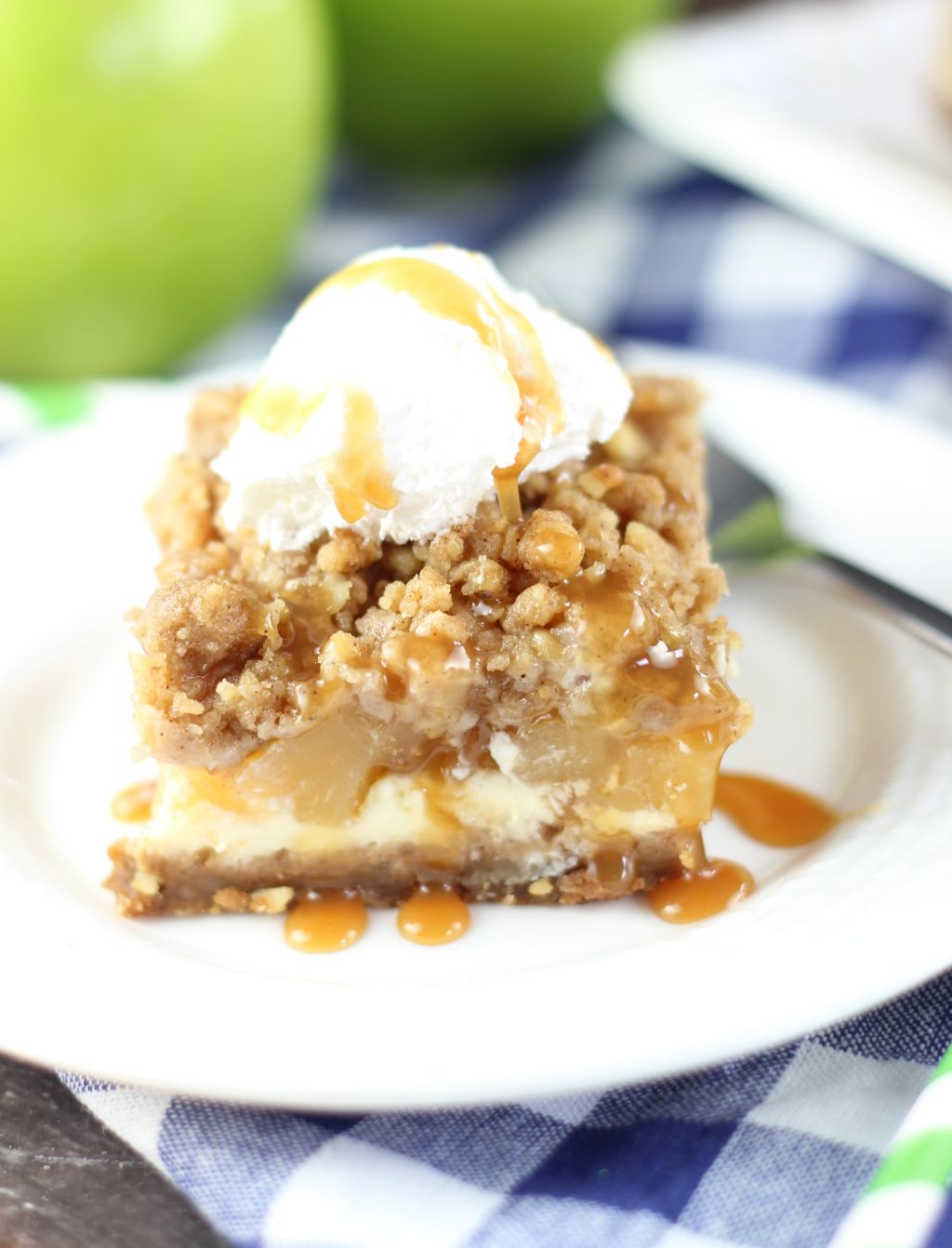 Apple pie and cheesecake come together in these flavorful bars that ...