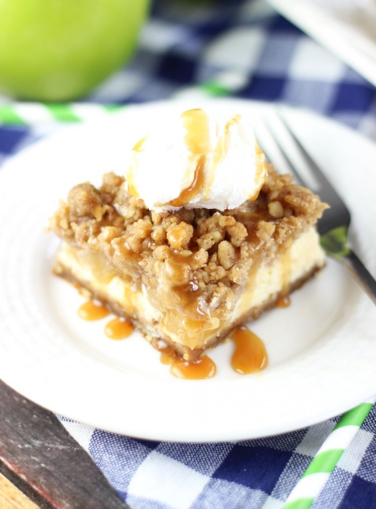 apple cheesecake streusel bars with gingersnap walnut crust 6