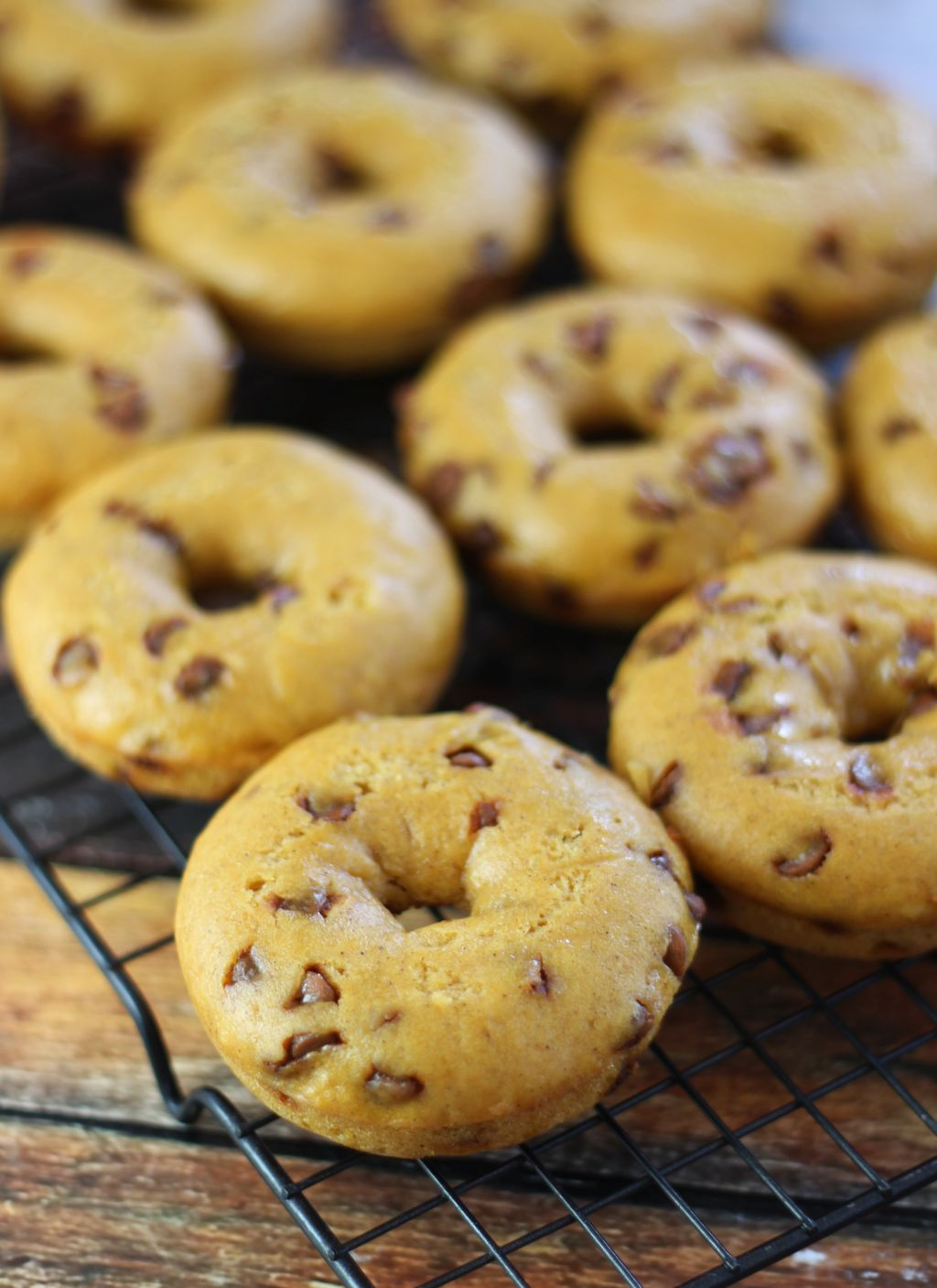 Baked Pumpkin Donuts with Maple Cream Cheese Glaze