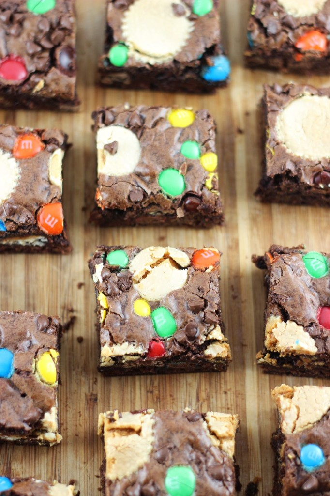 leftover halloween candy bar brownies 25