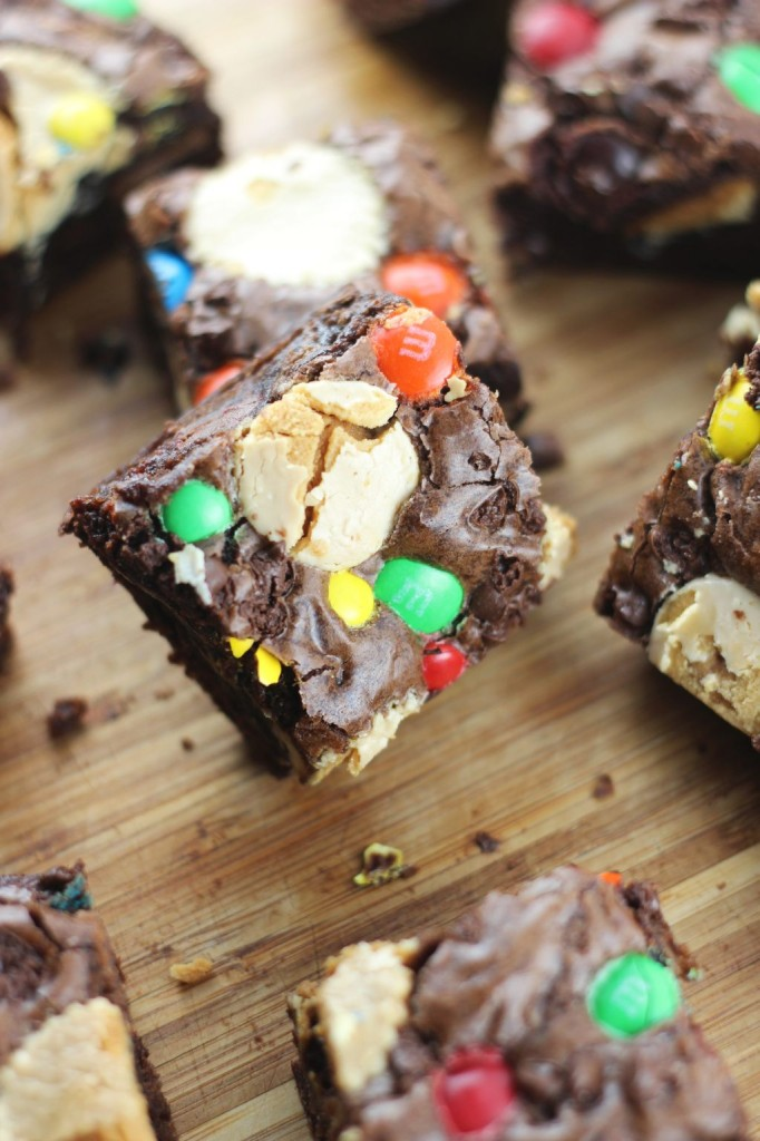 leftover halloween candy bar brownies 30
