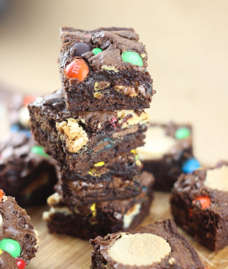leftover halloween candy bar brownies 31