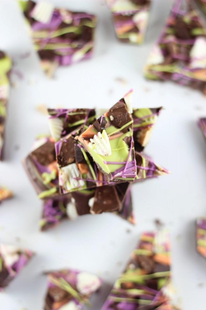 leftover halloween candy bark 29