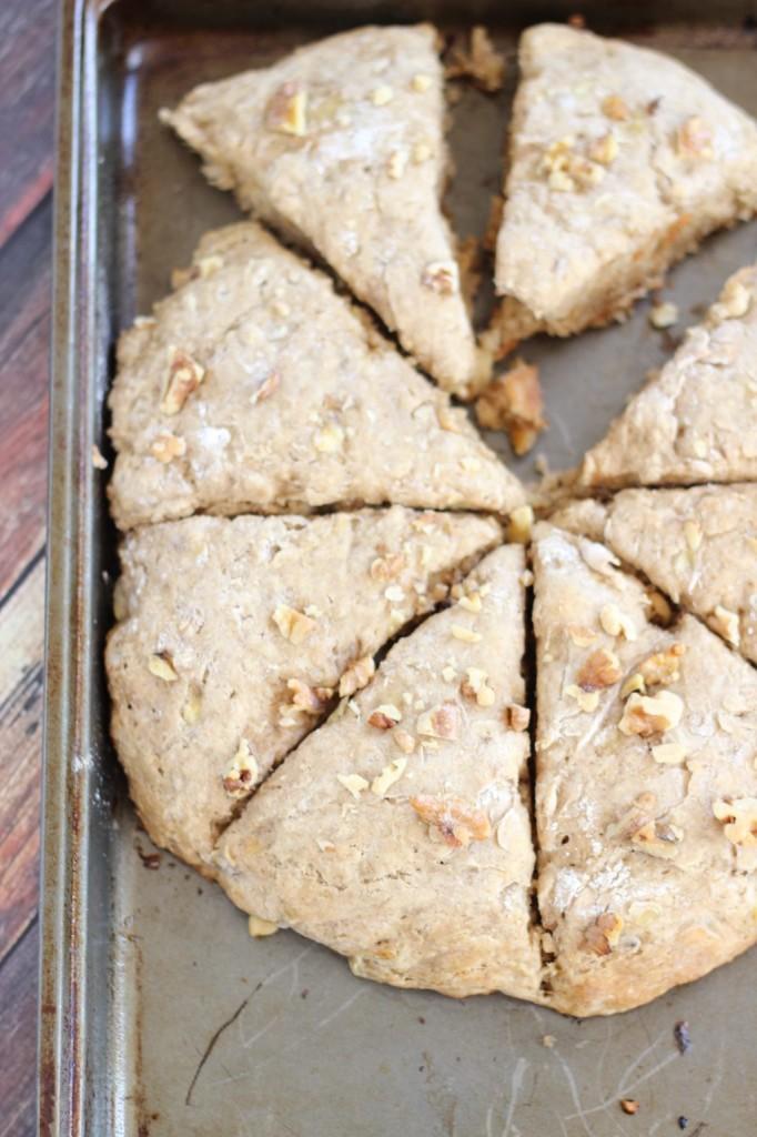 banana walnut scones 1