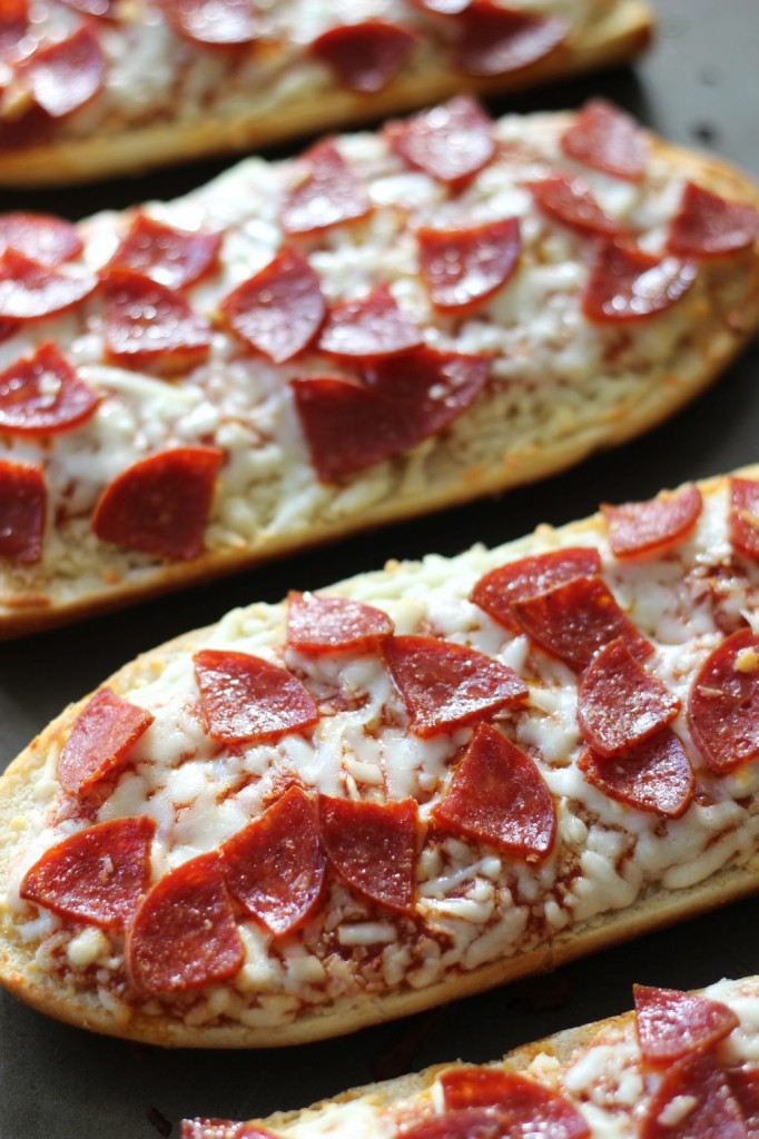 pepperoni pizza with hot ranch dipping sauce 2