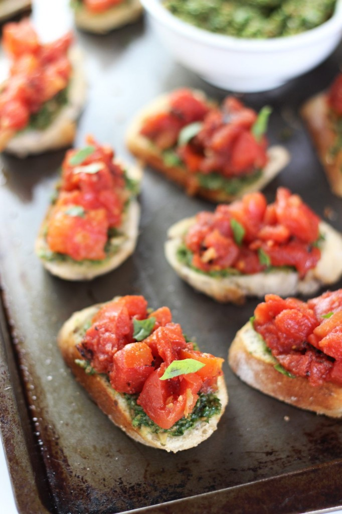 easy bruschetta with basil pesto 21