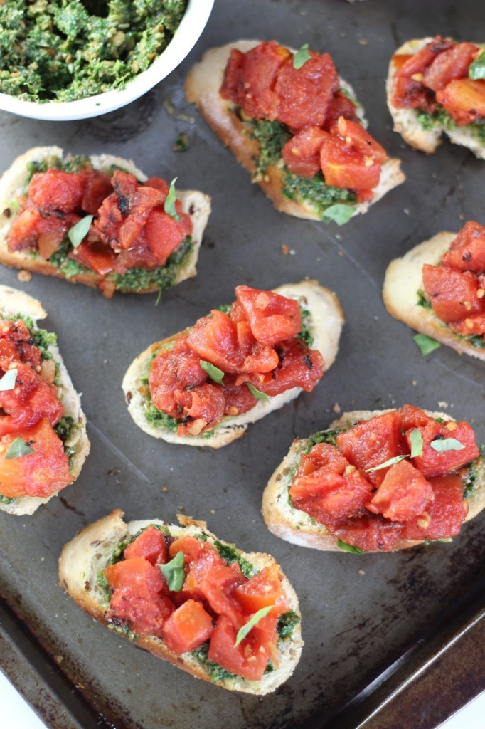 easy bruschetta with basil pesto 24
