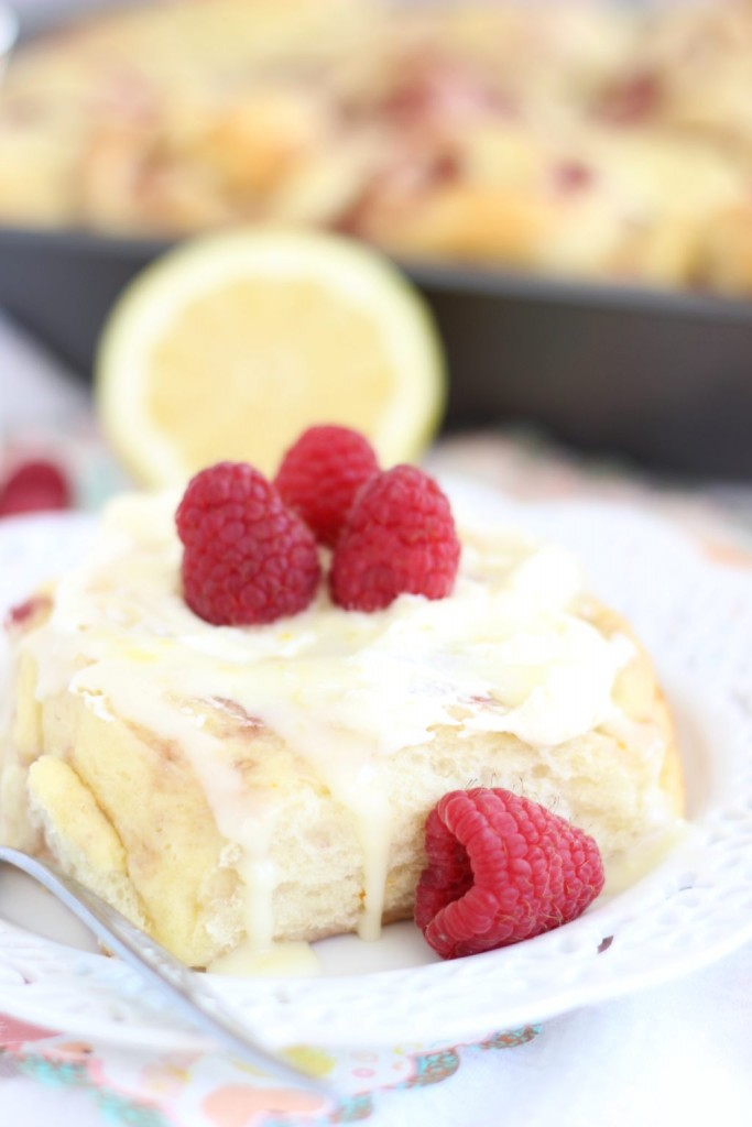 lemon raspberry sweet rolls with lemon mascarpone frosting 10