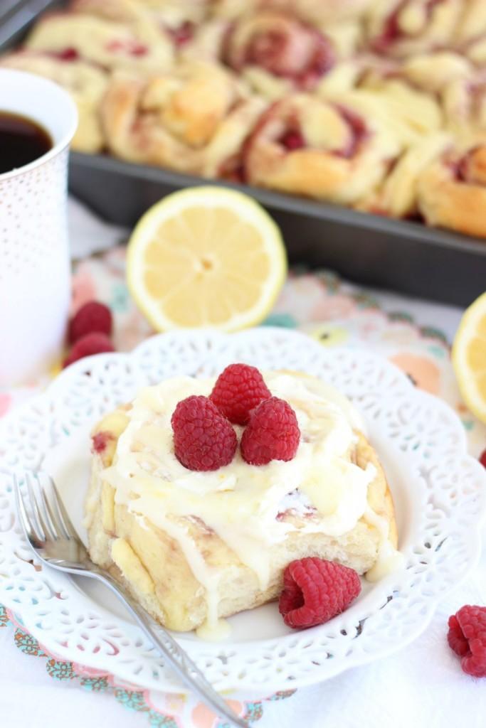 lemon raspberry sweet rolls with lemon mascarpone frosting 5