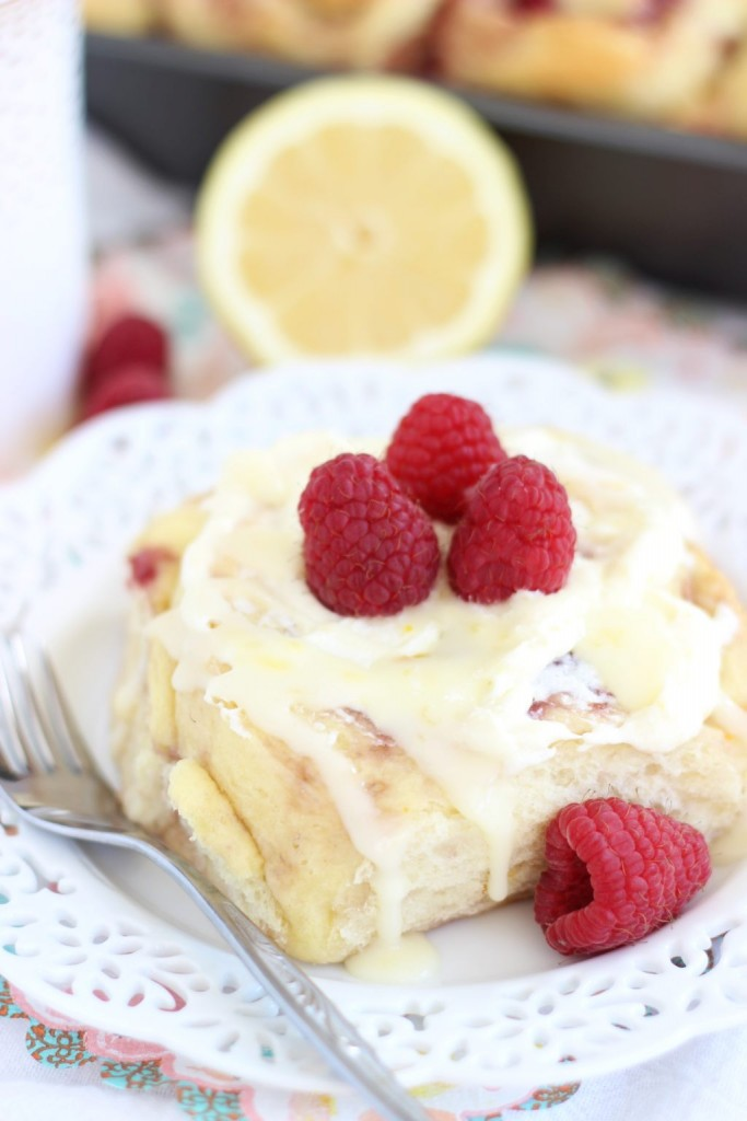 lemon raspberry sweet rolls with lemon mascarpone frosting 7