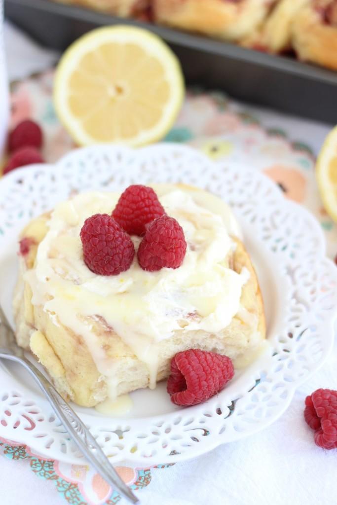 lemon raspberry sweet rolls with lemon mascarpone frosting 9