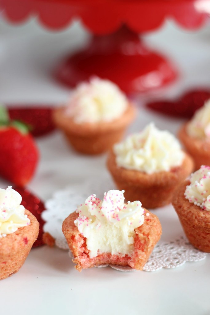 strawberry cookie cups with white chocolate buttercream 17