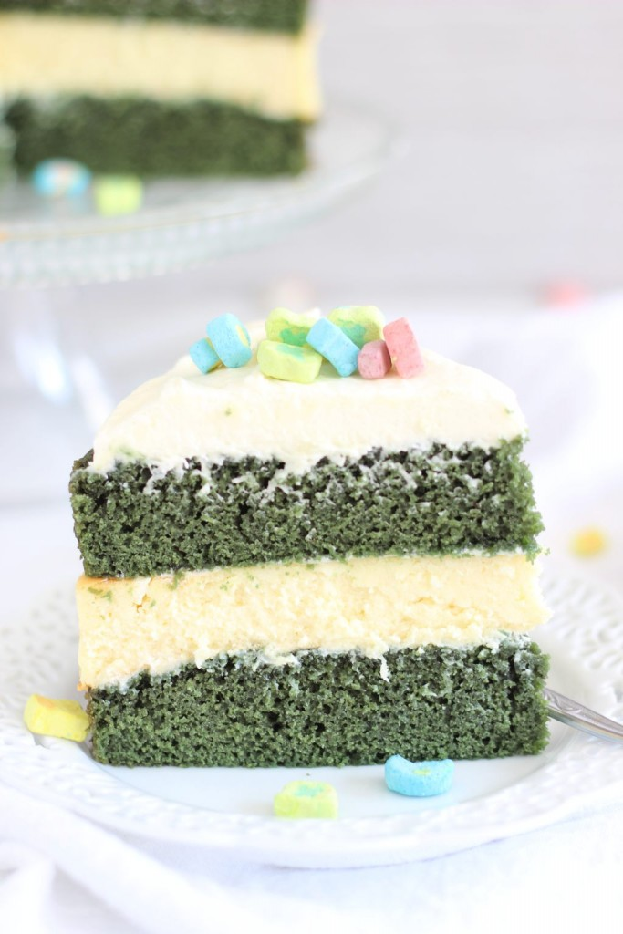 green velvet cheesecake cake 11