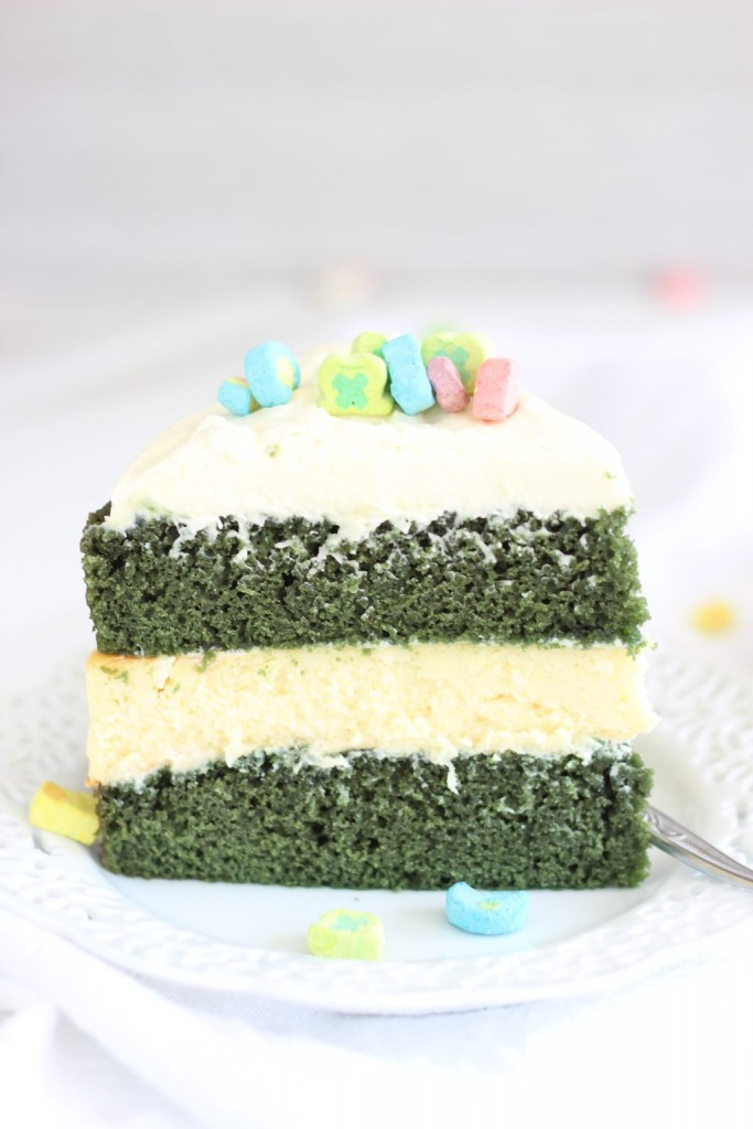 green velvet cheesecake cake 13
