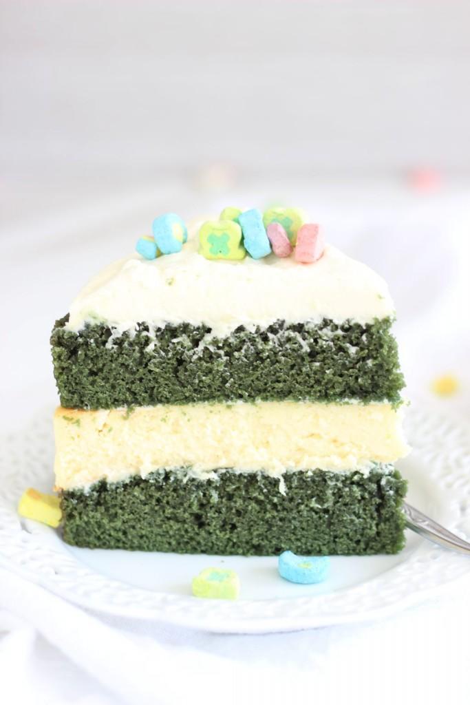 green velvet cheesecake cake 13