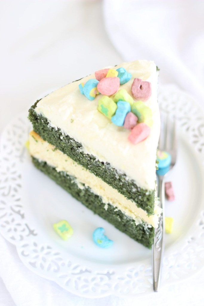 green velvet cheesecake cake 17