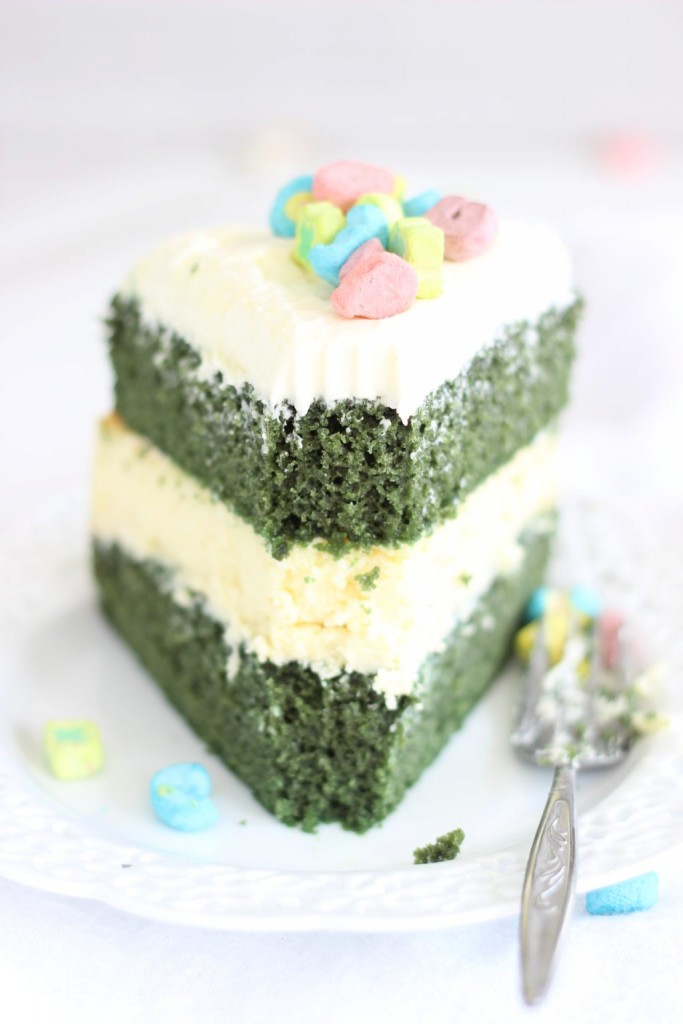 green velvet cheesecake cake 18