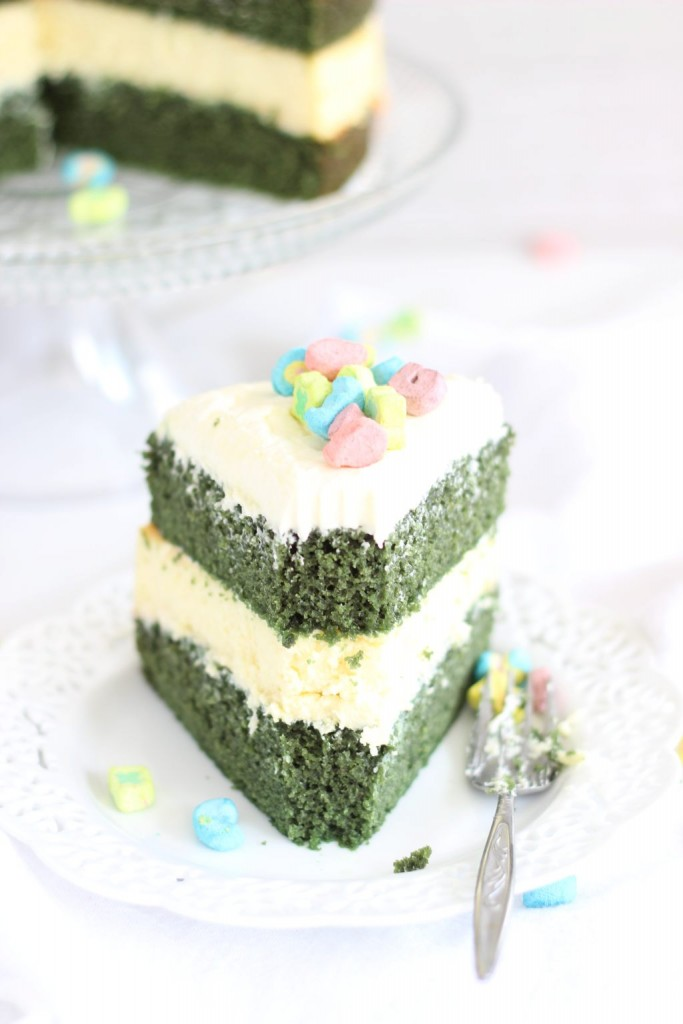 green velvet cheesecake cake 21