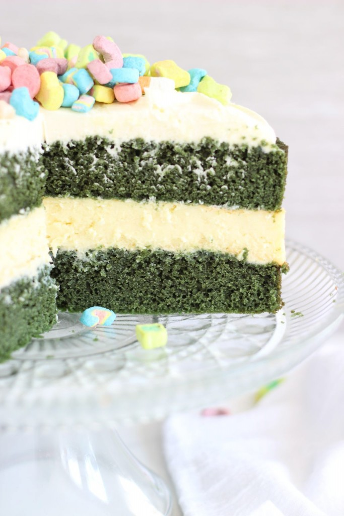 green velvet cheesecake cake 9