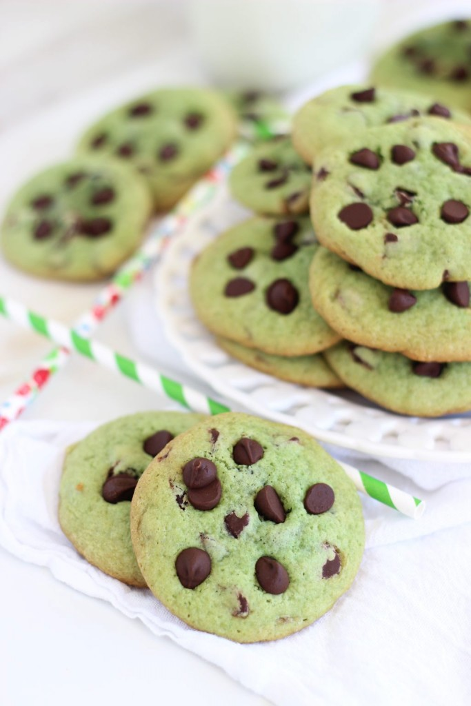 mint chocolate chip cookie sandwiches 1