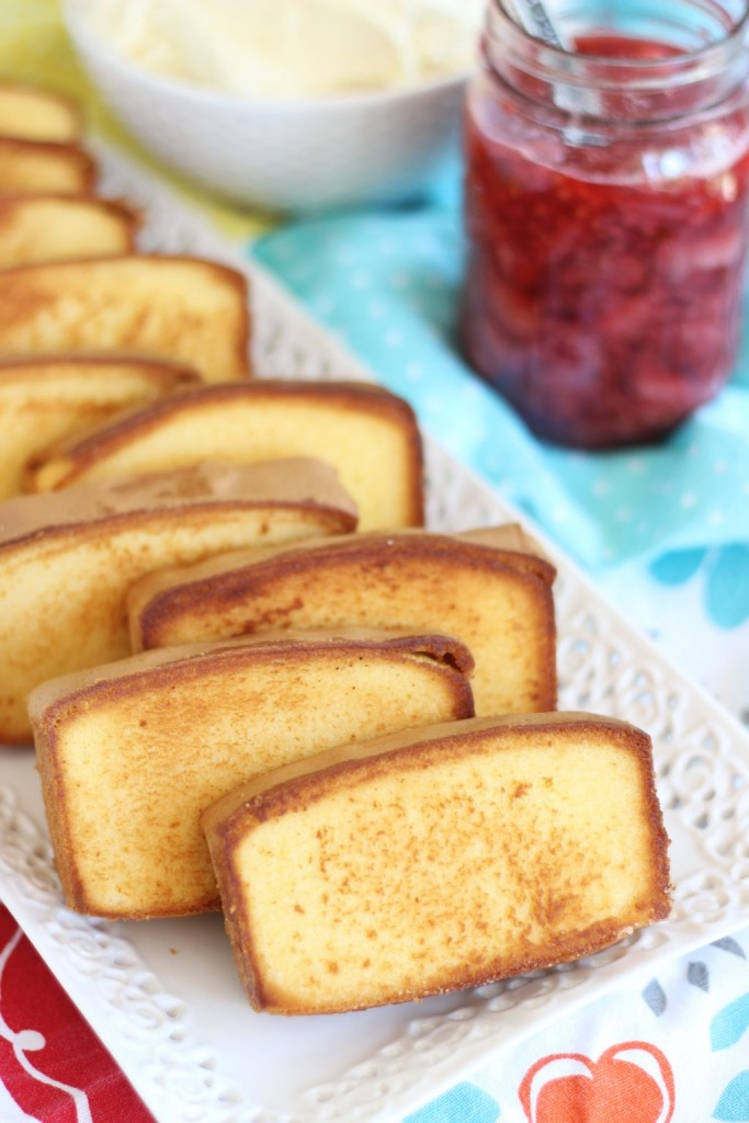 mixed berry pound cake shortcakes 2