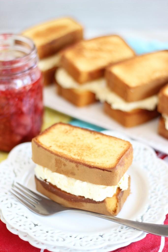 mixed berry pound cake shortcakes 8