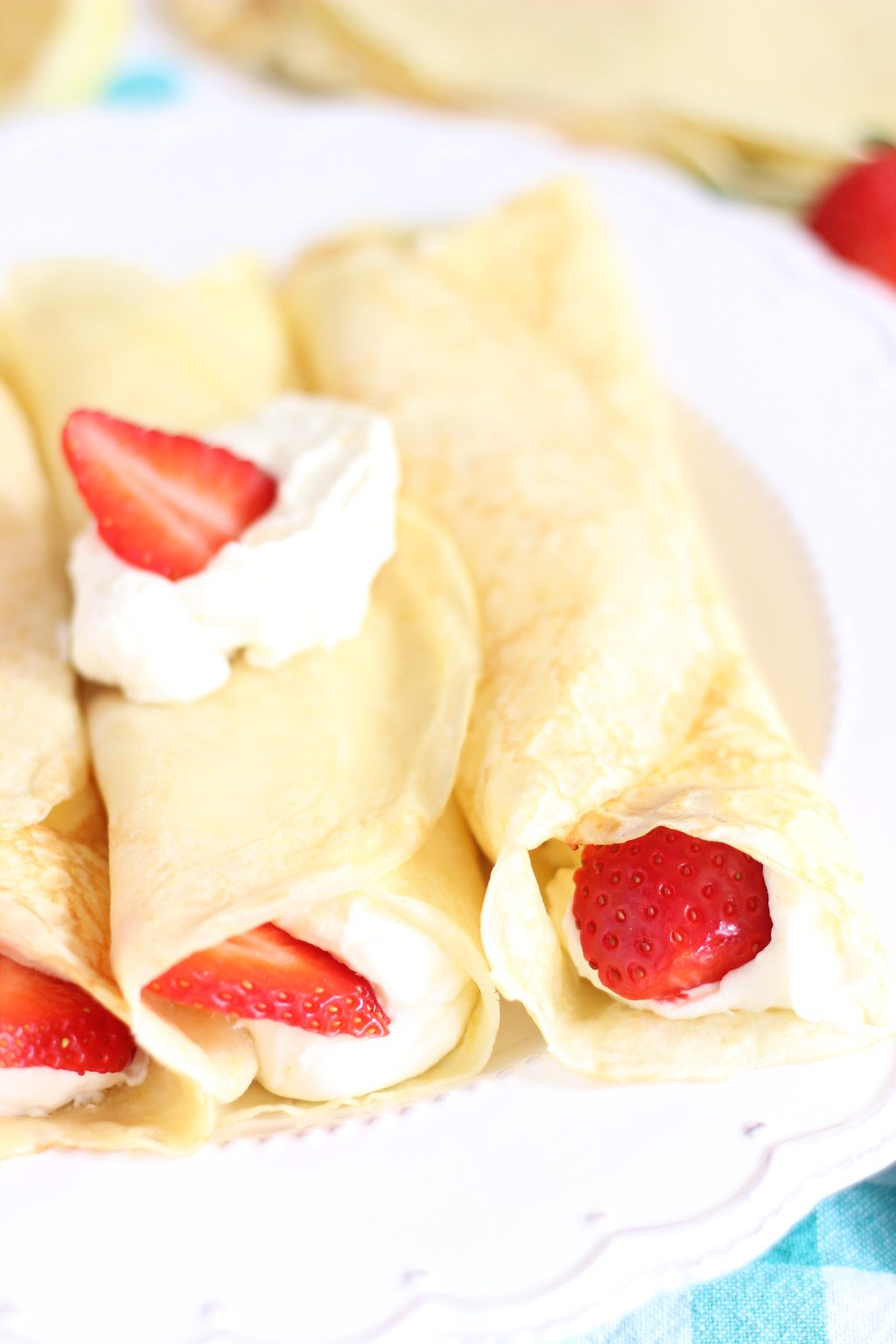 ... Mascarpone and whipped cream filling, topped with fresh strawberries