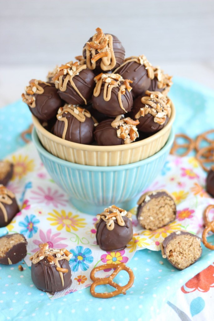 peanut butter pretzel truffles 1